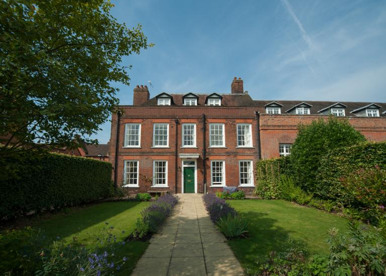 Groom's House, an exclusive meeting and accommodation setting at Cumberland Lodge, Windsor Great Park